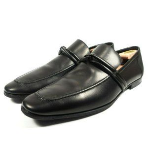 Gucci Authentic Leather Apron Toe Strap Loafers